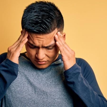 dolor de cabeza en la frente